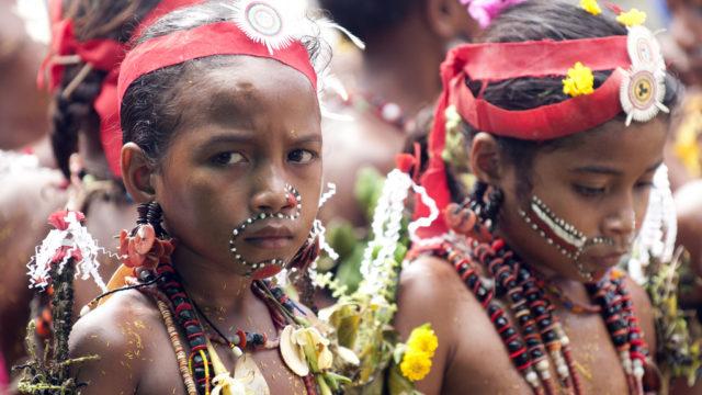 papua neuguinea teens