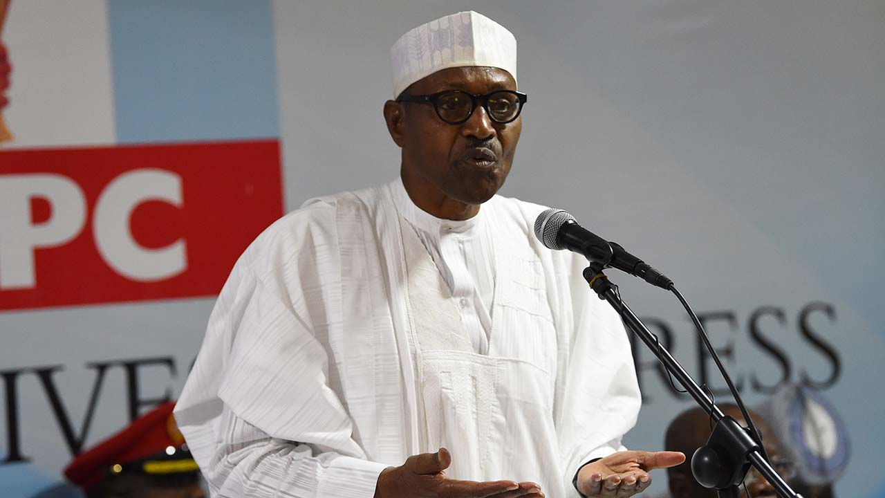 Buhari under fire over plan to register illegal migrants