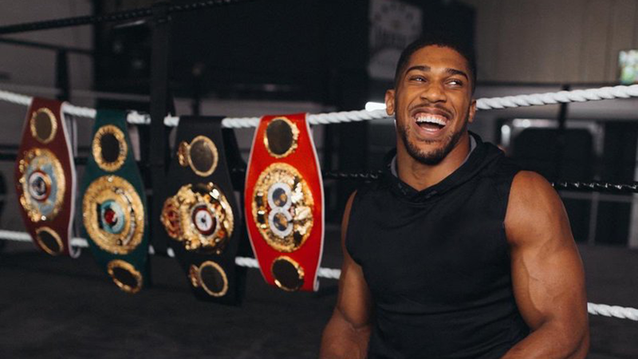 Anthony Joshua announces NY  world title fight