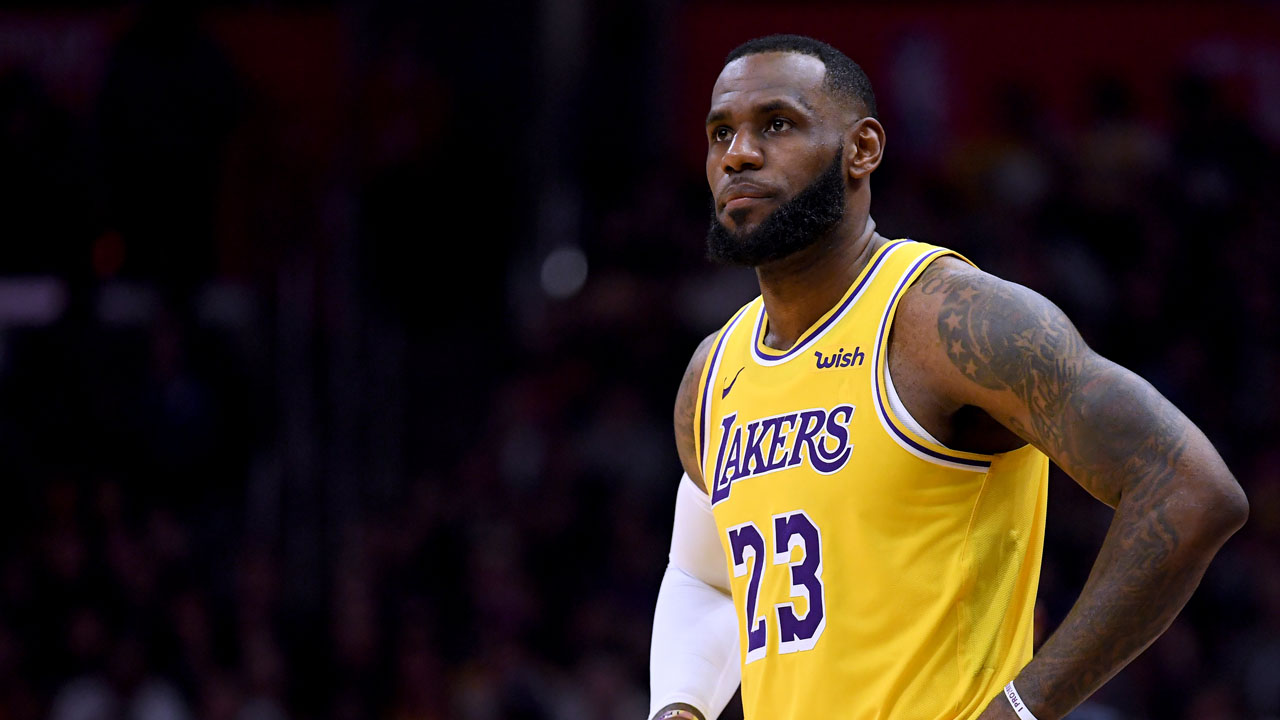 bffd3a2a LOS ANGELES, CALIFORNIA – JANUARY 31: LeBron James #23 of the Los Angeles  Lakers waits to enter the game during a 123-120 win over the LA Clippers at  ...
