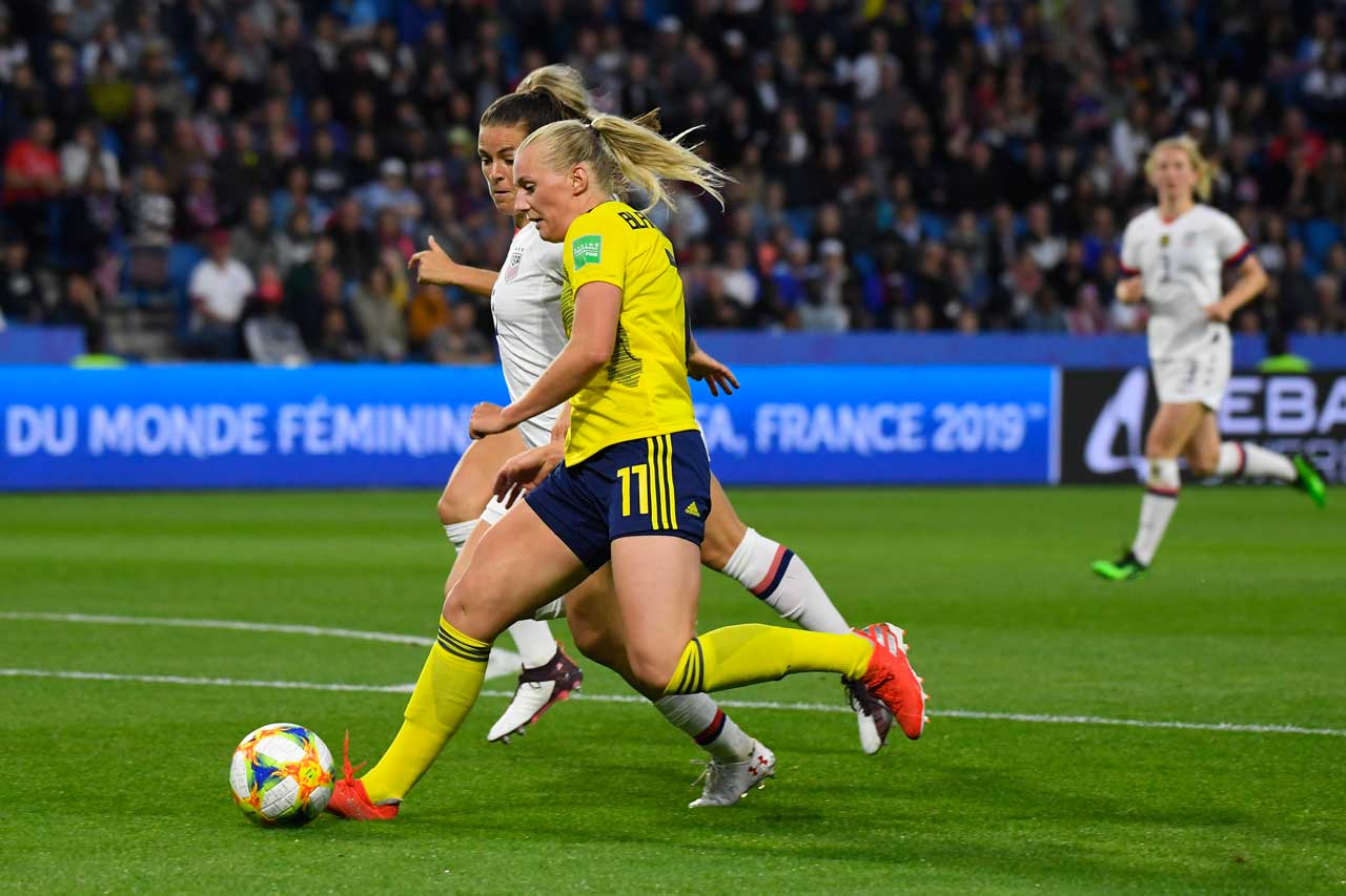 USA beat Sweden to continue Women's World Cup march