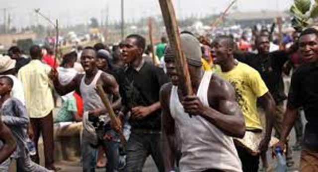 Hoodlums attack, destroy journalists' equipment in Osun, government settles hospital bills