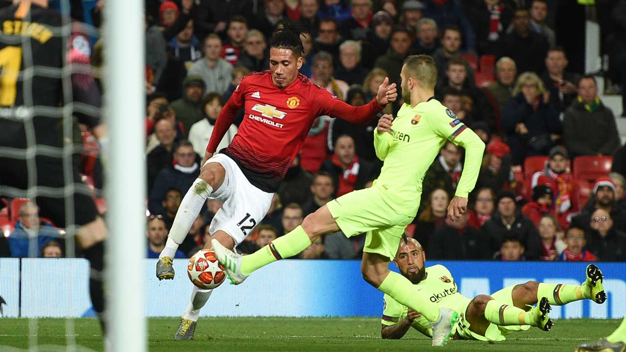 Shaw own goal hands Barca control of Man Utd tie