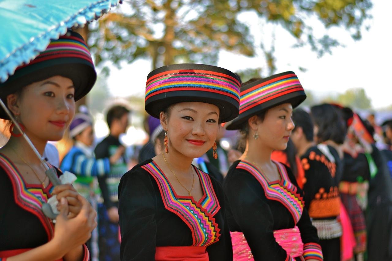 Hmong New Year - Phonsavan | Moto-Mania |Hmong New Year