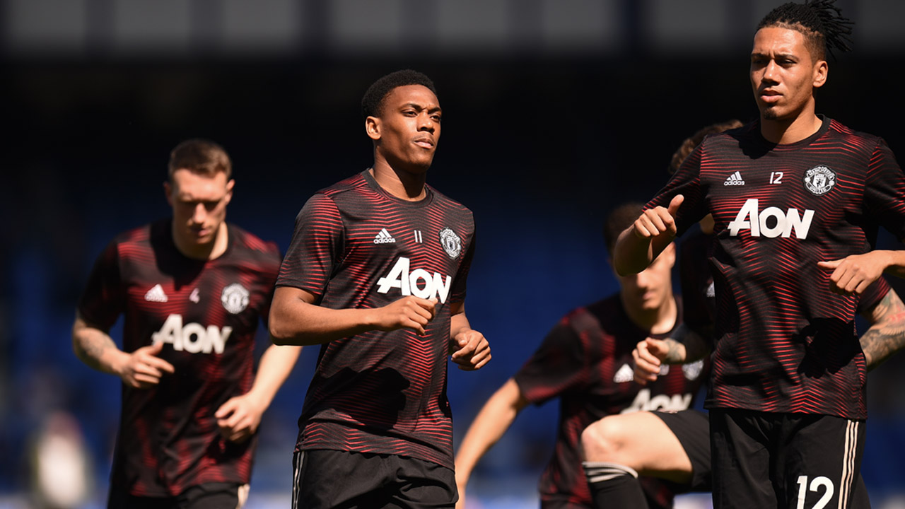 Solskjaer warns United will have to wait for next Premier League title