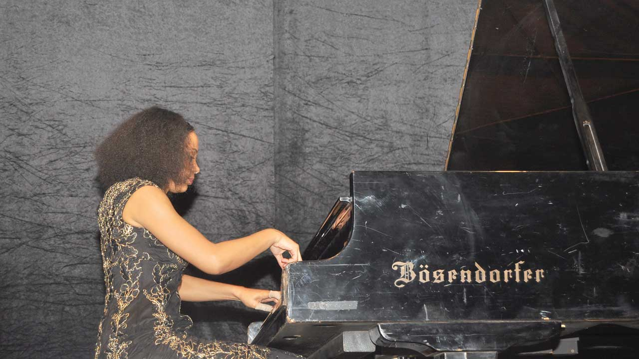 Pianist Omordia wows in Lagos concert