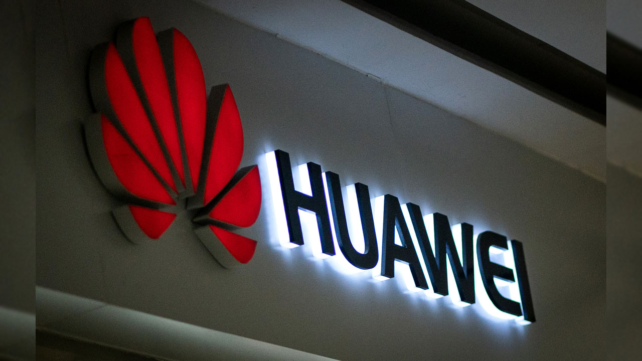 China demands FedEx account for undelivered Huawei package in new spat
