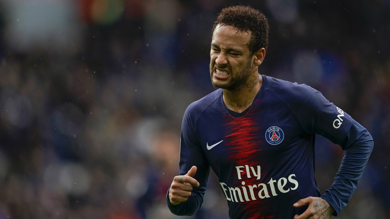 Neymar holds Real Madrid transfer talks amid reported Barcelona agreement