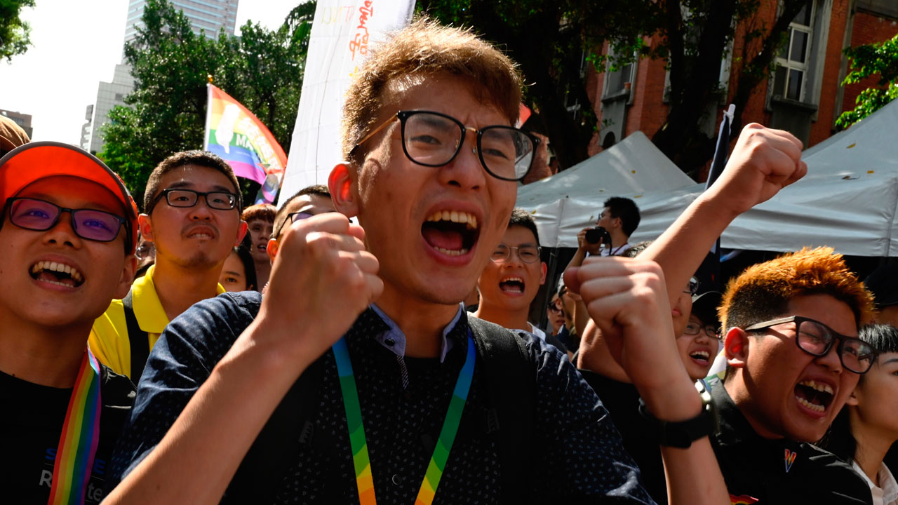 Taiwan approves same-sex marriage in first for Asia