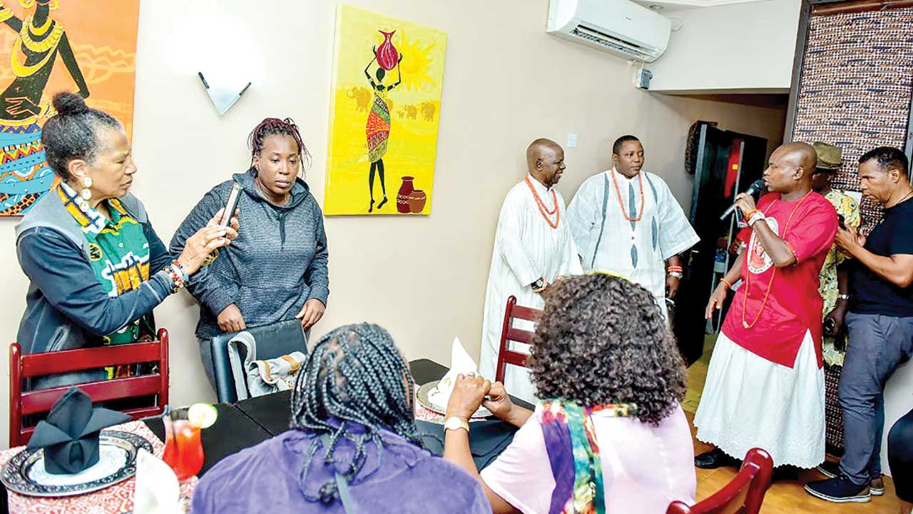 50 African Americans arrive Benin on rediscovery mission | The
