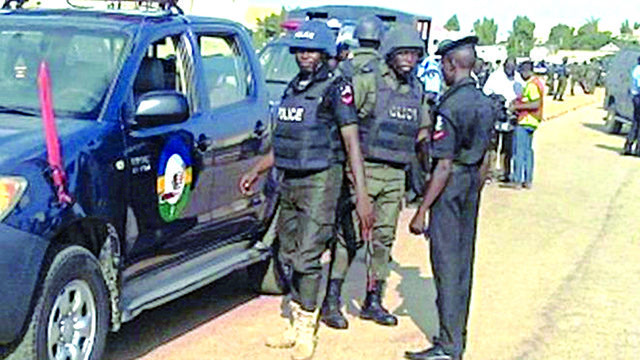 Police rescues 19 pregnant girls from Lagos 'baby factory' - Guardian