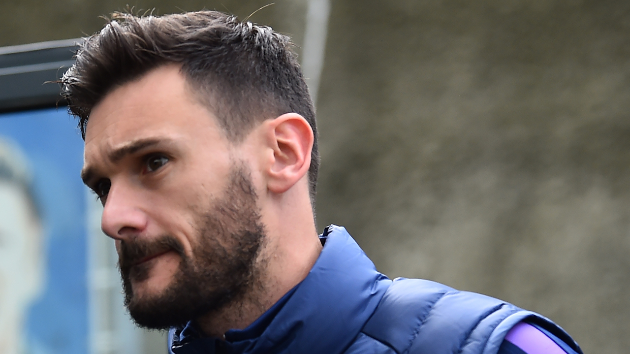 Injured Lloris out of action for club, country till next year