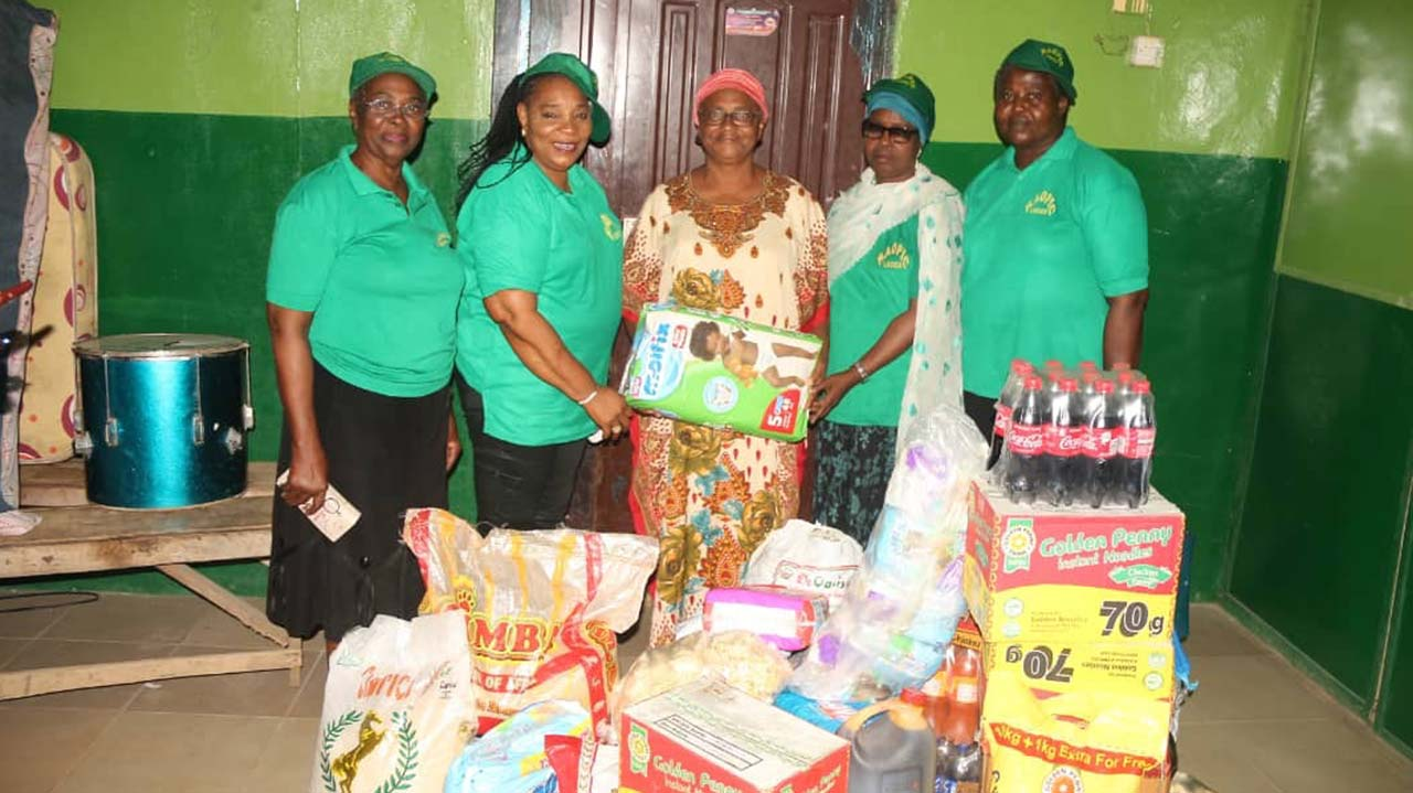 Agbara women donate, seek urgent intervention for orphanage