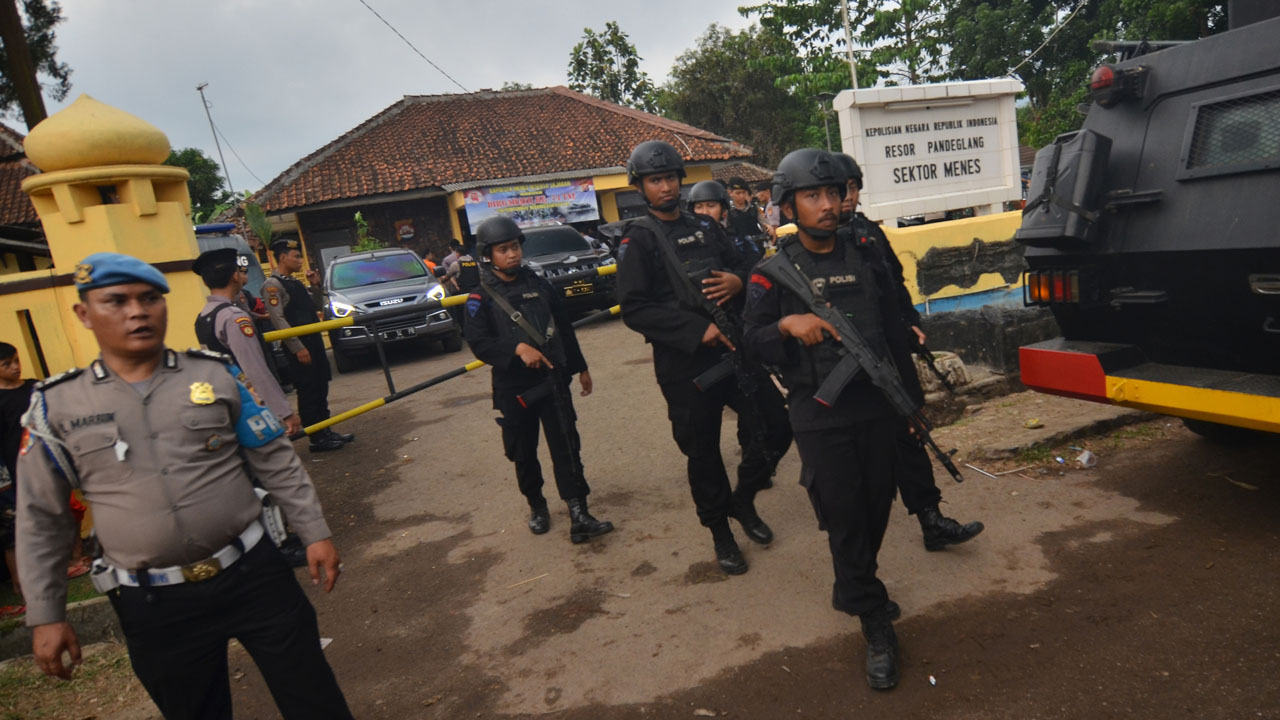 IS-linked terror group leader shot dead in Indonesia's jungle