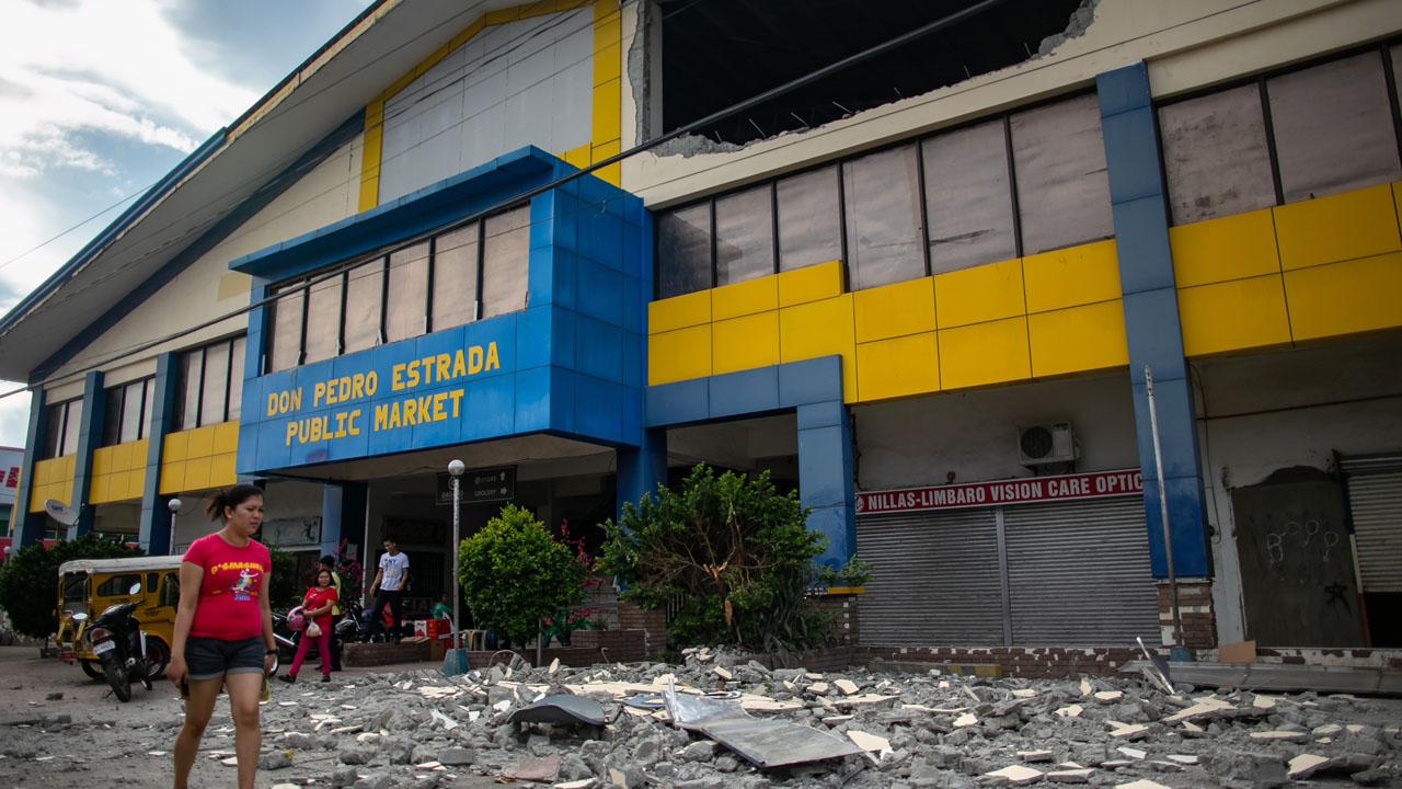Five dead in Philippine quake