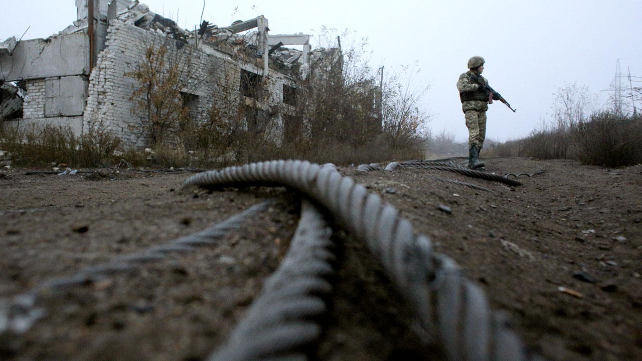 Ukraine troop pullback postponed until Saturday