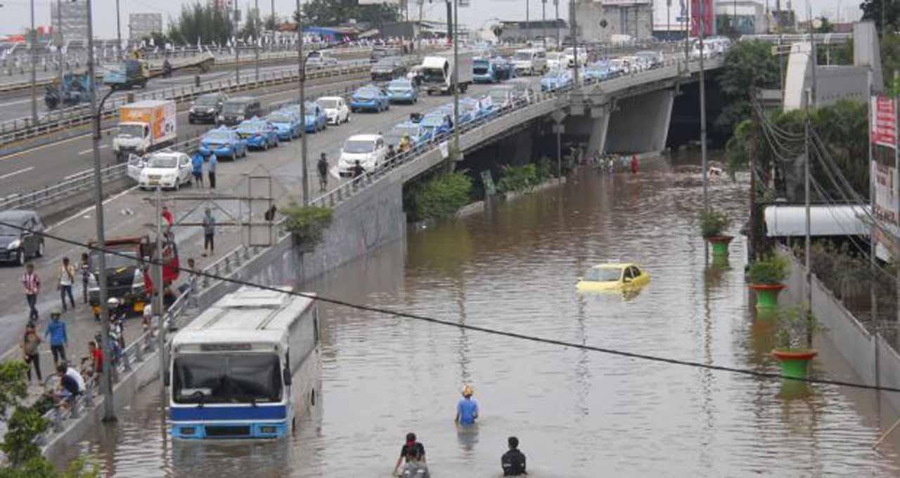 [Image: flood-menace.jpg]