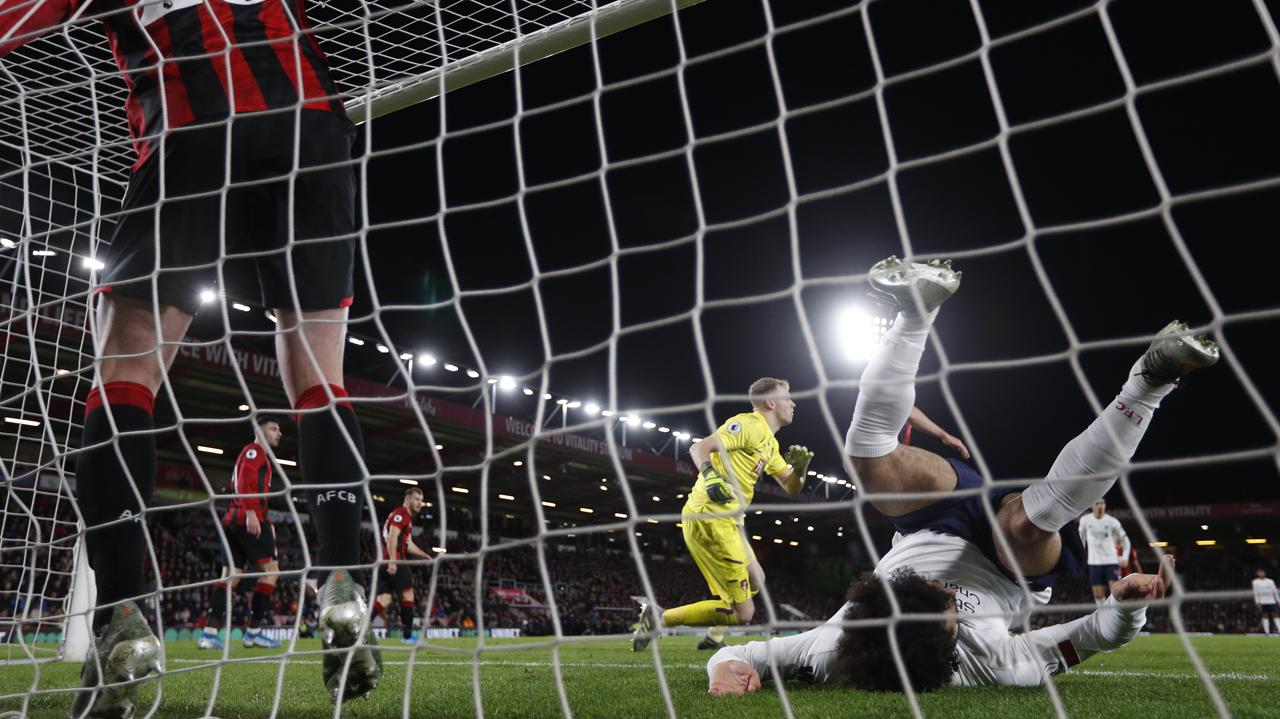 Liverpool seal Christmas No.1 spot as Tottenham run riot