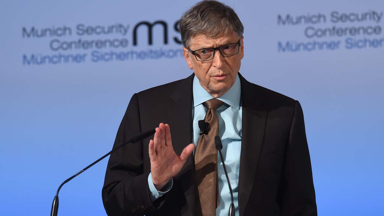 Bill Gates warned in 2008 over 'inappropriate emails' to female employee