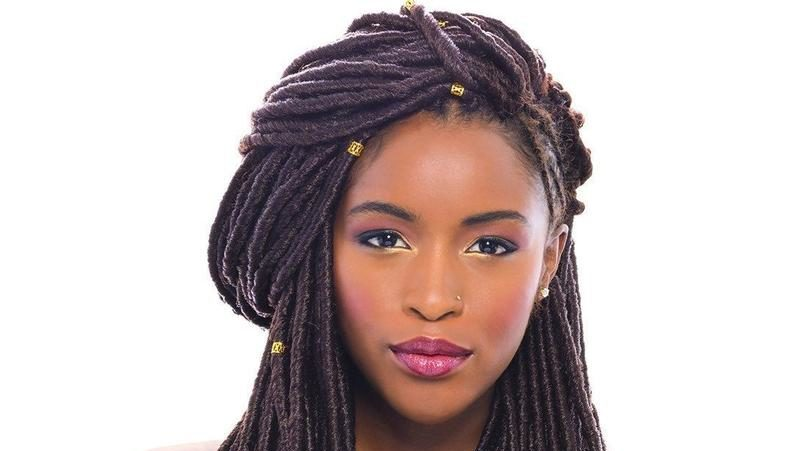 Protective Hairstyles For When It's Cold