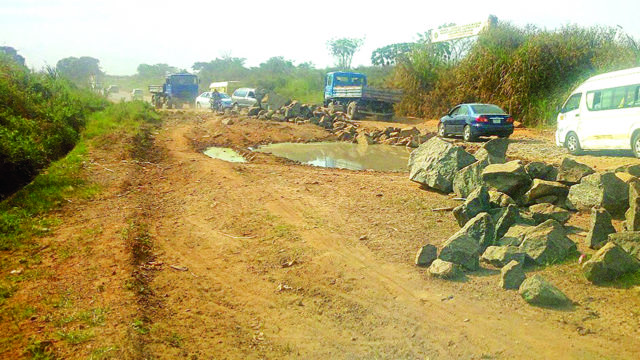 Commuters battle hard times on Owo-Akure Federal Road - Guardian