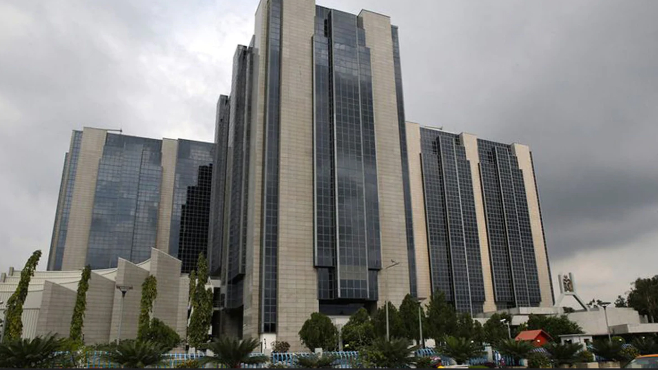 Experts sceptical of banks growth against unsustained economic environment
