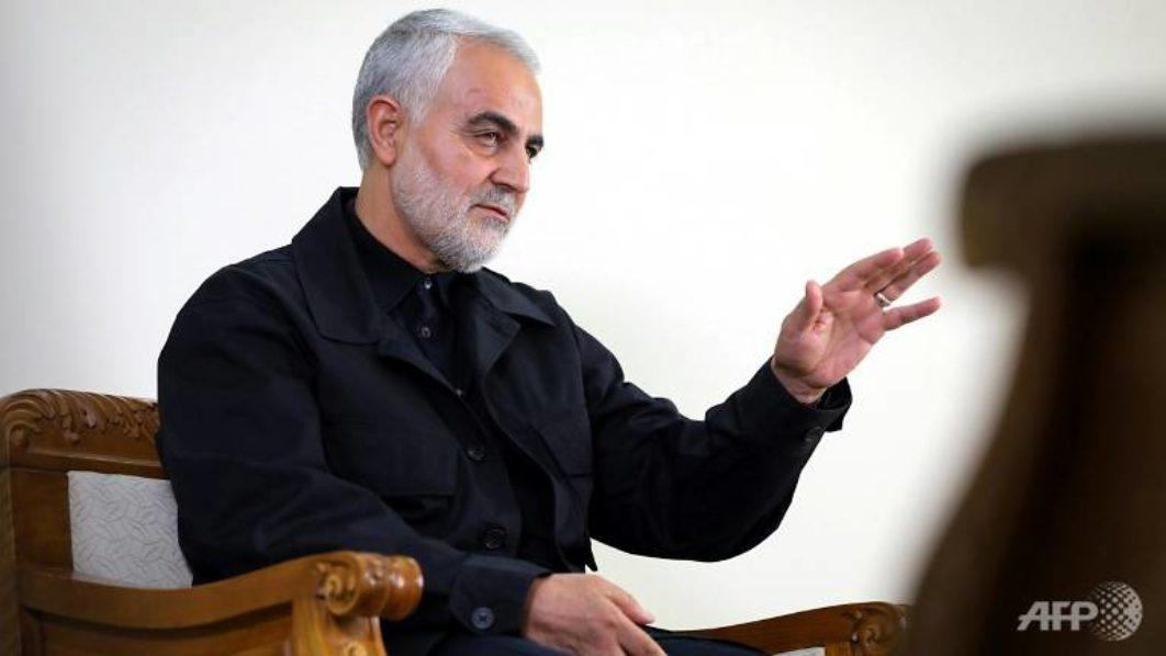 [Image: top-iranian-commander-qasem-soleimani-wh...62x598.jpg]
