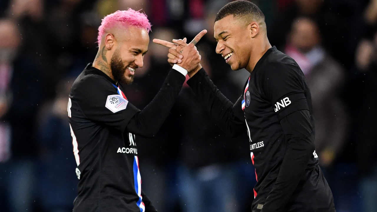 Mbappe vs Neymar: Who is substituted off more?