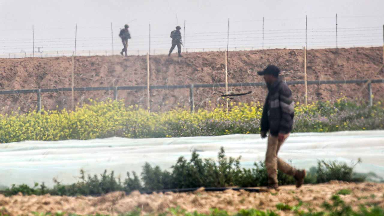 Israeli forces kill Palestinian near Gaza fence: army