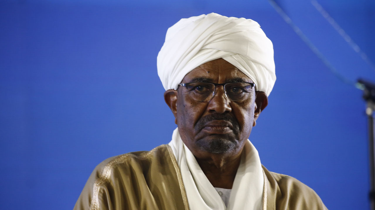 War crimes: Sudan agrees handing over Omar al-Bashir to ICC