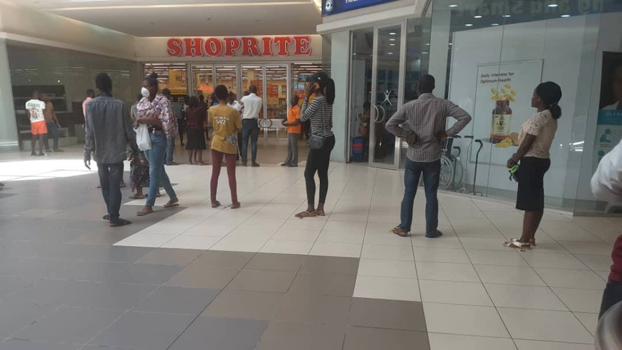 Lagos markets go on partial lockdown over Covid-19