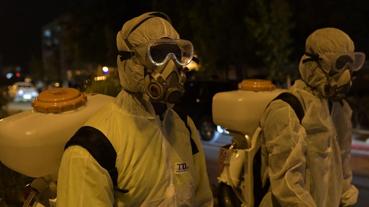 Crowd in Ivory Coast destroys coronavirus test centre