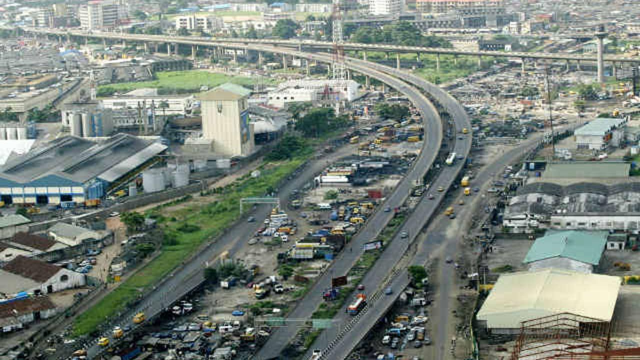 FG blames lockdown for delay in Lagos bridge contract
