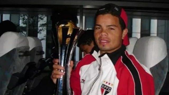 Brazilian Footballer Flavio Donizete Sold Club World Cup Medal To Buy Cocaine - Guardian Nigeria