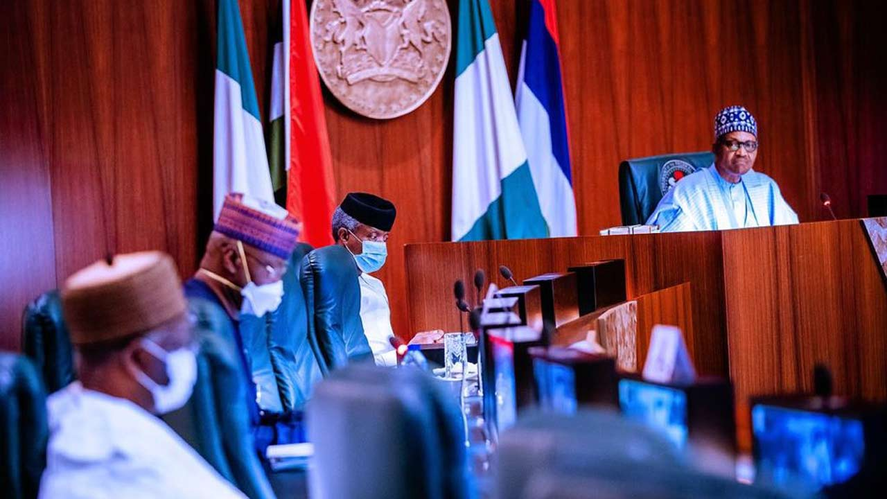 FG insists on restrictions as governors, Muslims disagree