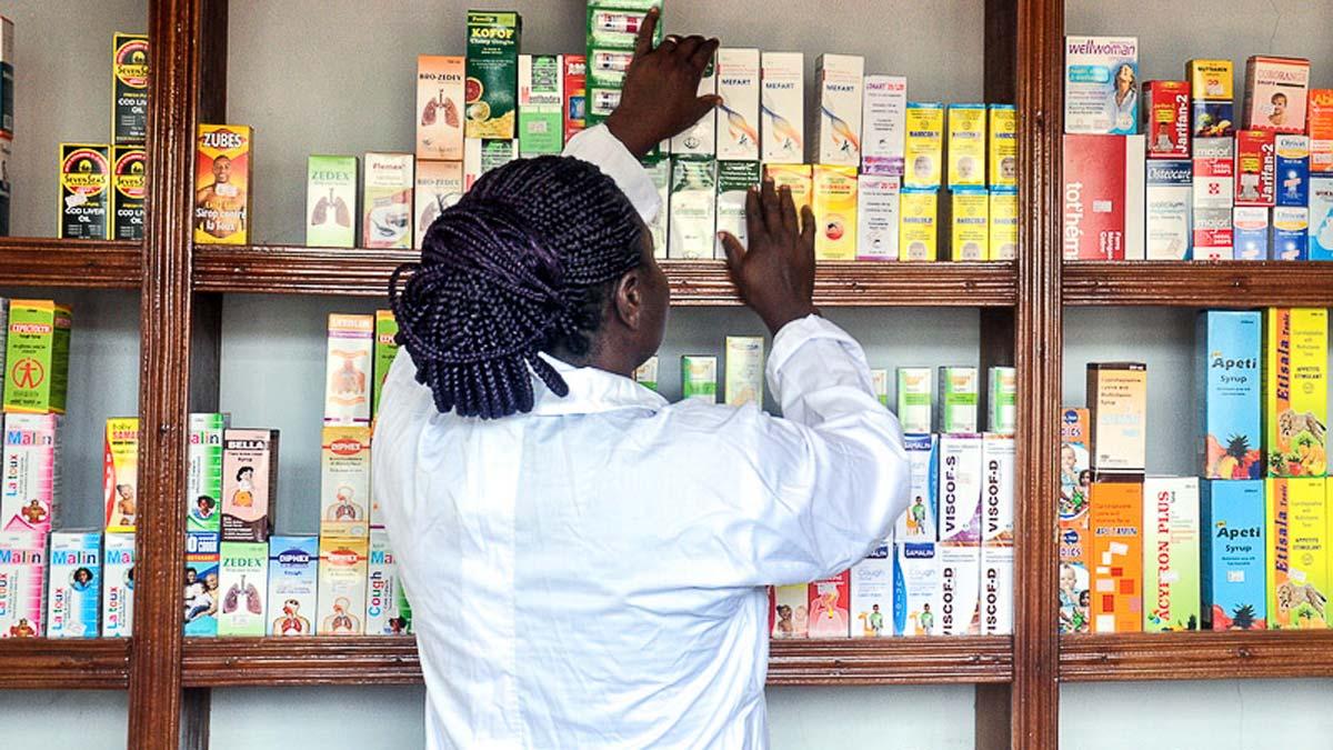Coronavirus: Pharmacists in Diaspora donate diagnostic, PPE to NCDC