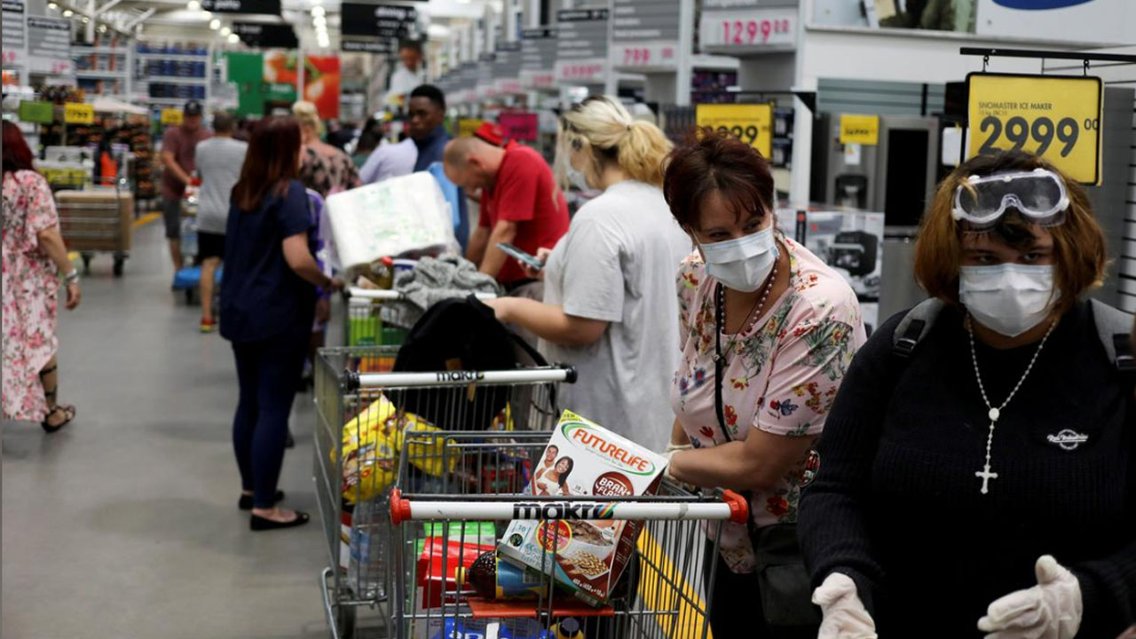 South Africa economy contracts 2% in first quarter