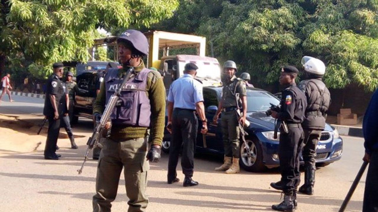 Suspected Hitmen Of Eiye & Aiye Cults, 183 Others Confraternity Members Arrested In Lagos