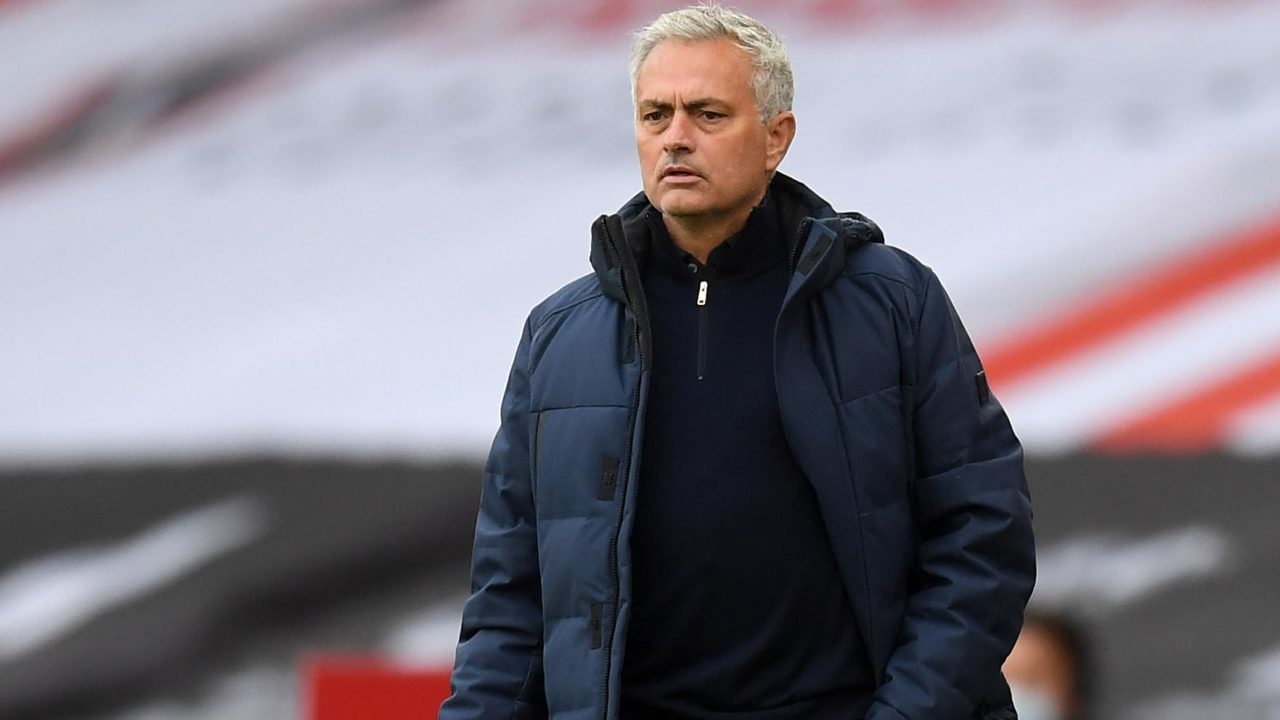 EPL: Mourinho blasts Arsenal ahead of North London Derby