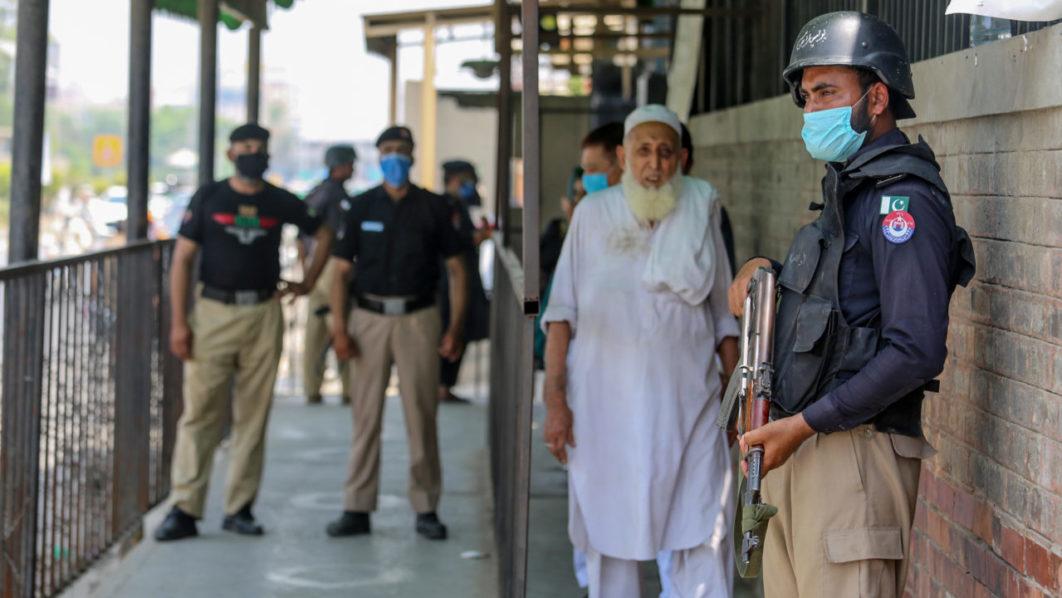 U.S. citizen accused of blasphemy shot dead in Pakistan courtroom