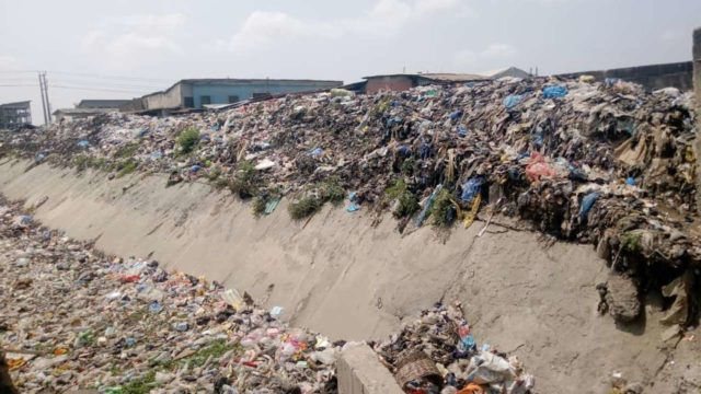 Mushin residents agonise over refuse heaps, blocked drains - Guardian