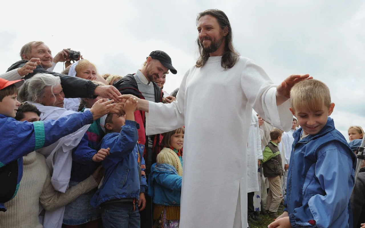 Russian cult leader who hears words of God arrested in Siberia