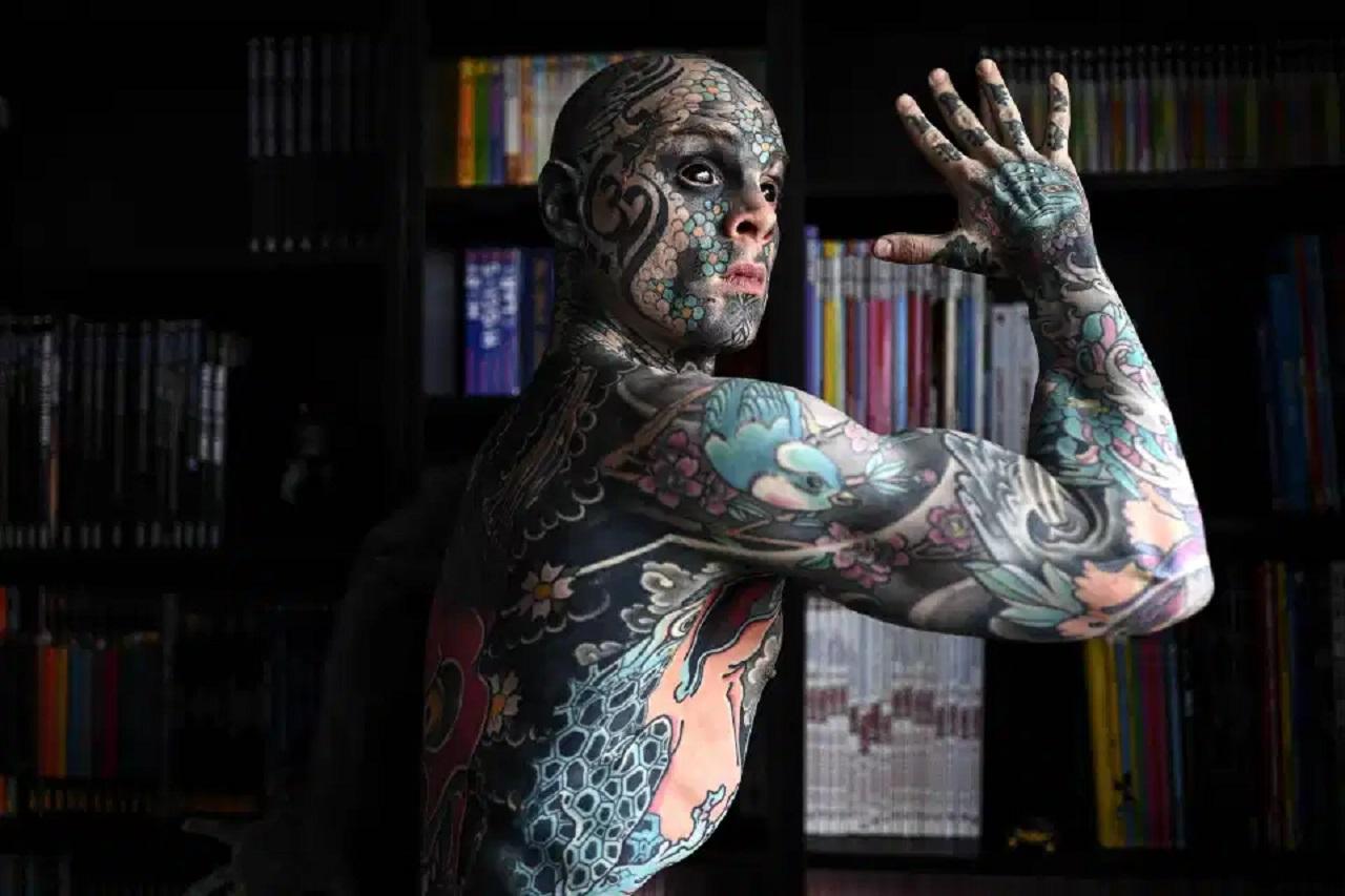 Teacher Who Spent $45K on Tattoos Banned From Teaching Kindergarten