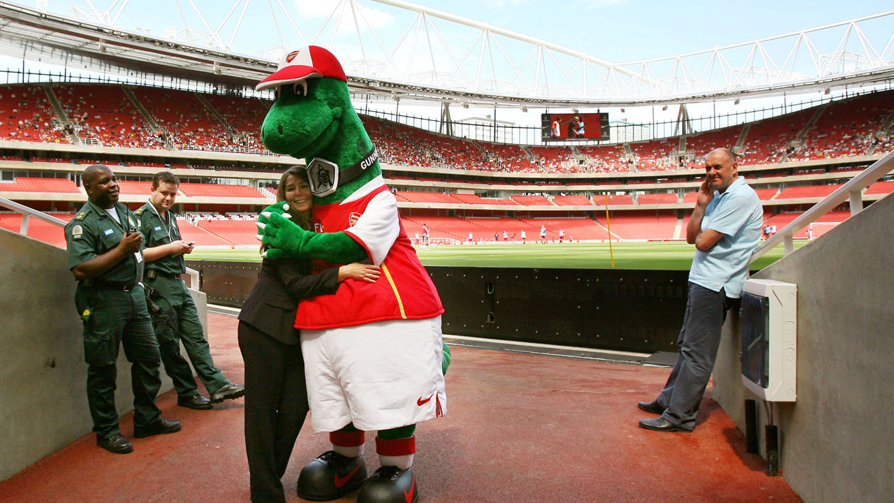Arsenal make Jerry Quy, Gunnersaurus for 27 years, redundant in cost-cutting measures
