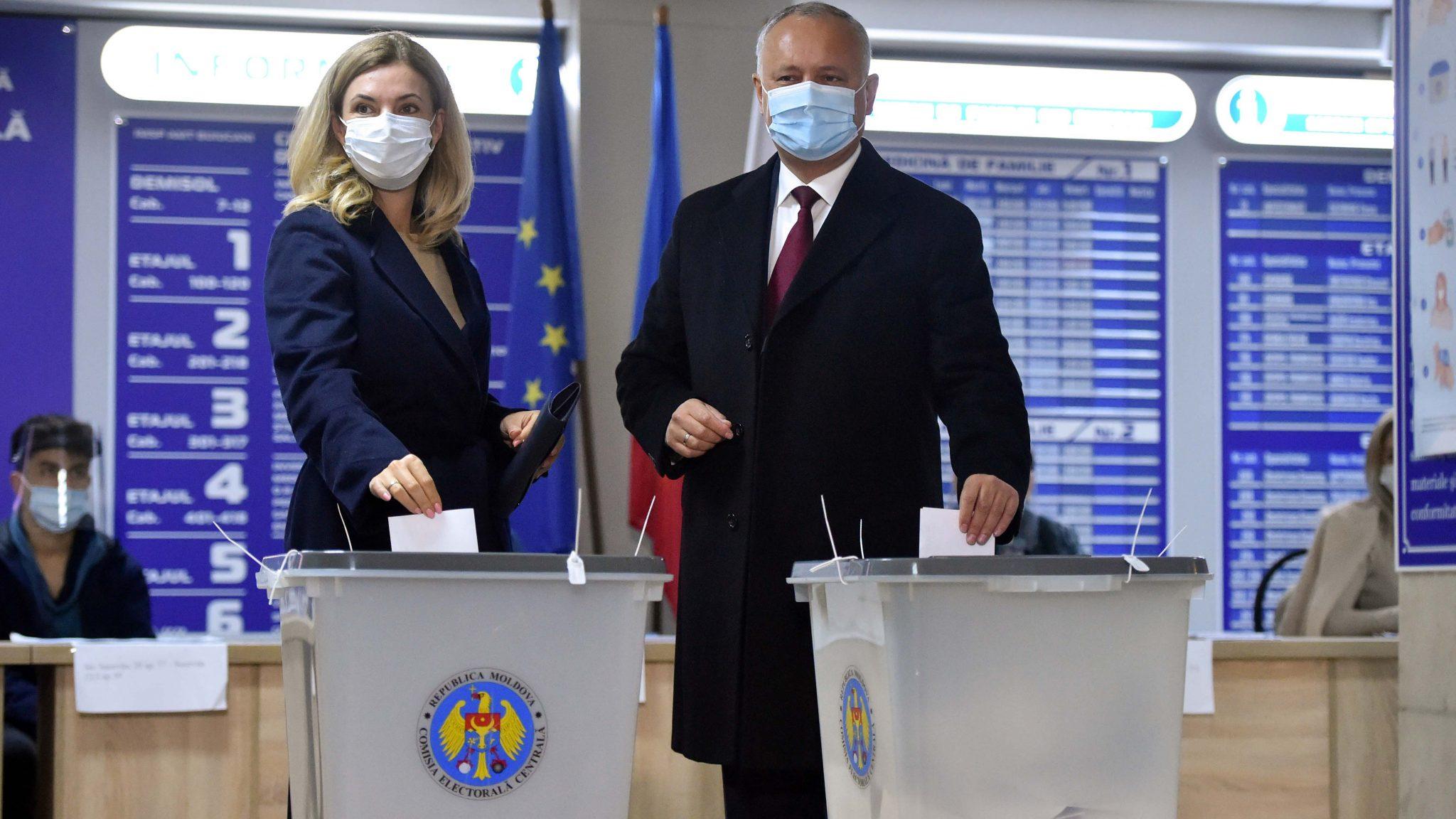 Moldova elects president amid Russia-West tug of war