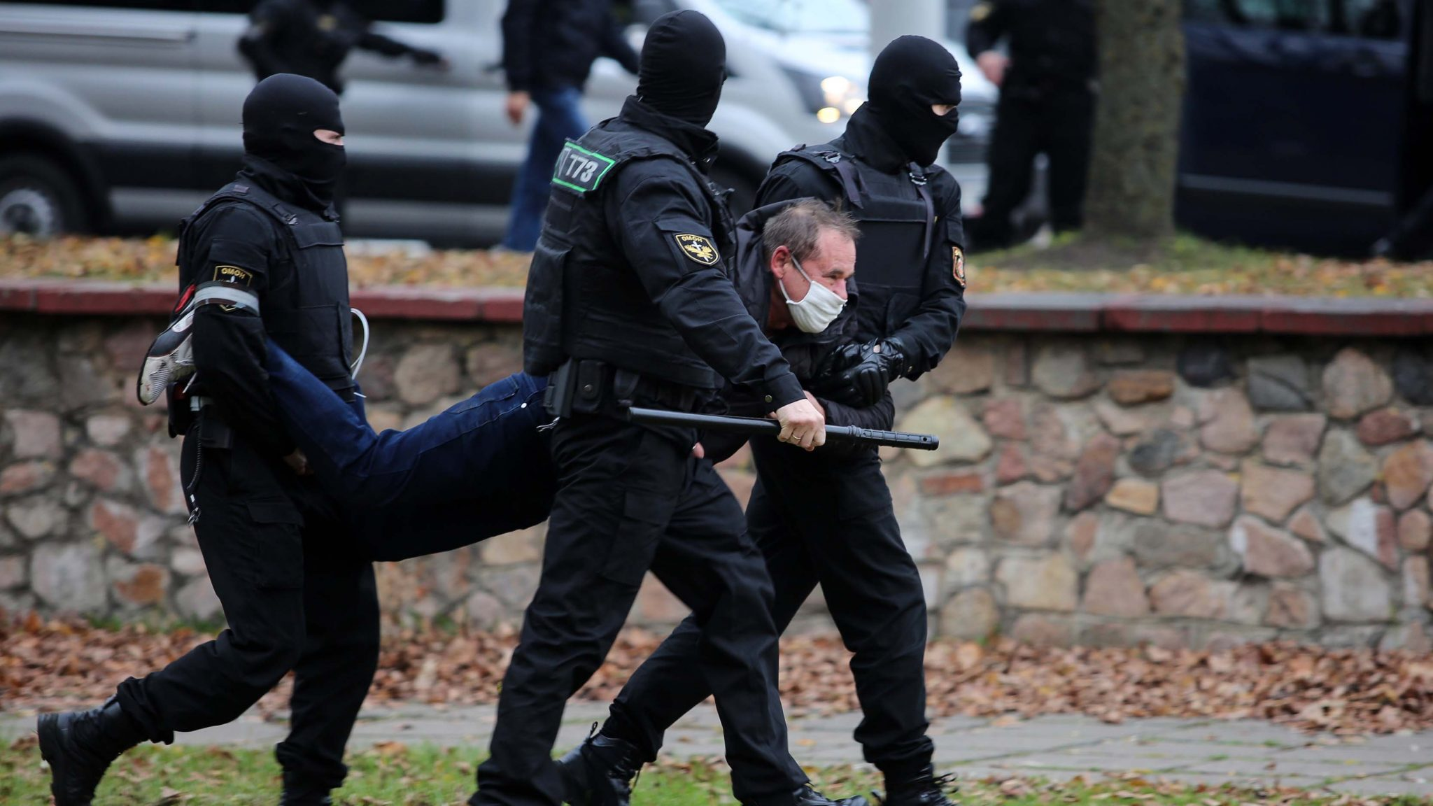 Belarus police fire in the air, detain protesters