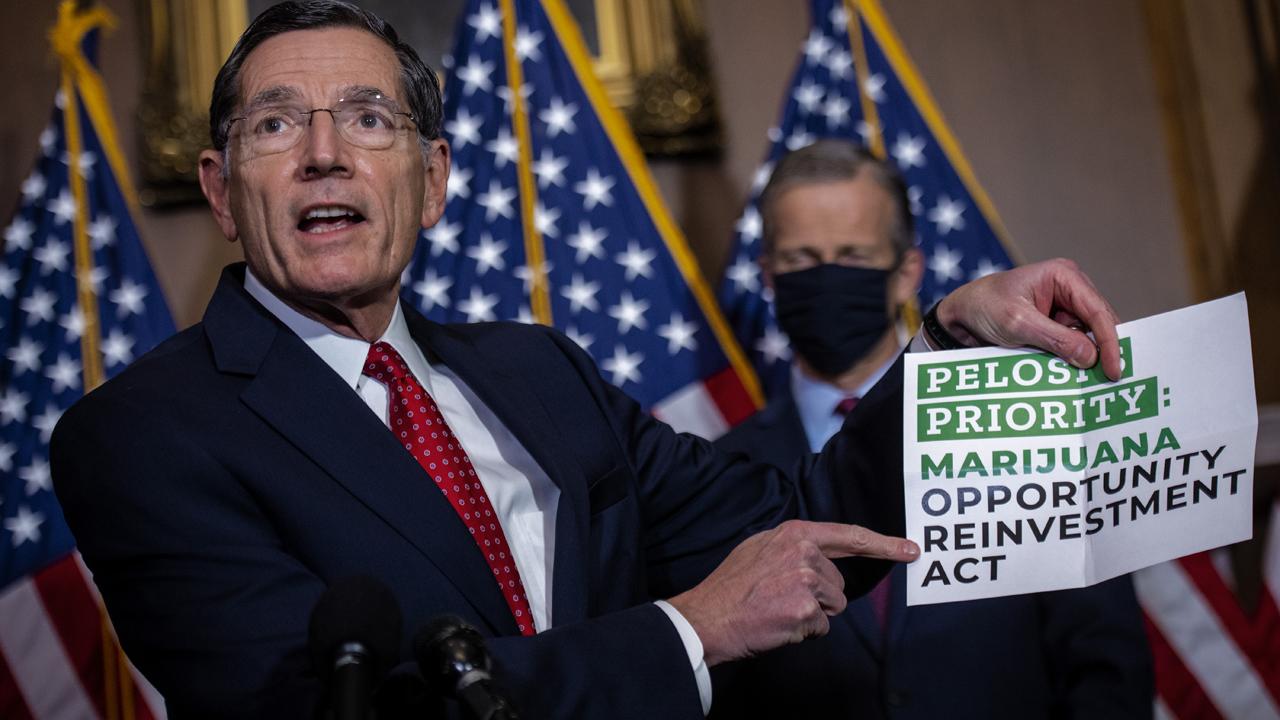 US House backs decriminalizing cannabis in historic vote