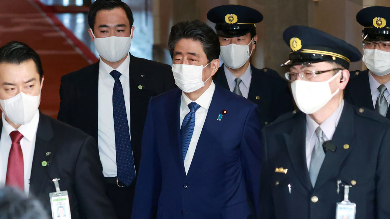 Japan ex-PM Abe apologizes, corrects parliament statements on funding scandal