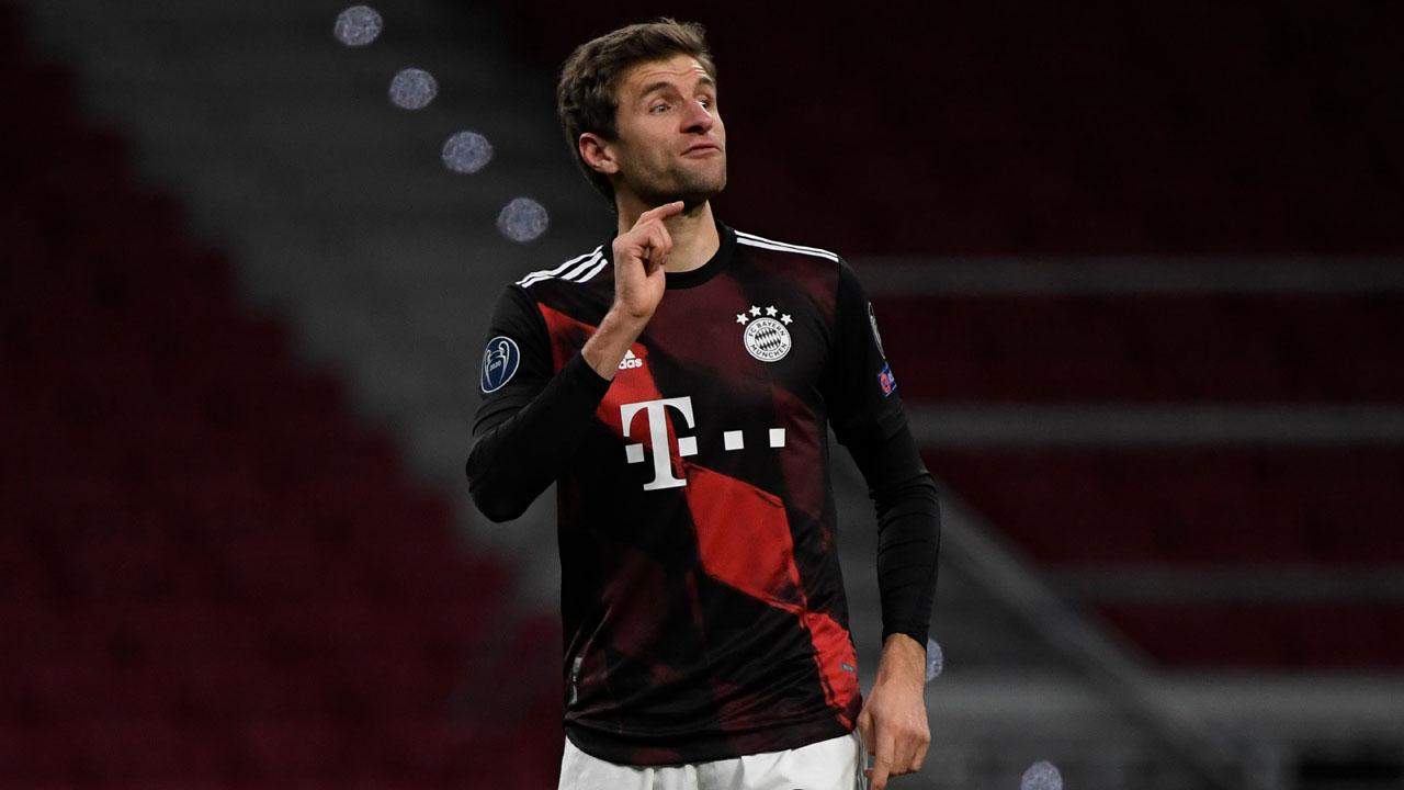 Atletico frustrated as Mueller penalty rescues weakened Bayern
