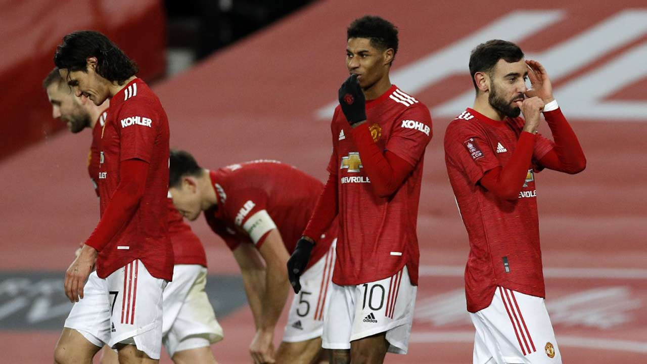 Bruno Fernandes stunner seals FA Cup win for Manchester United over Liverpool
